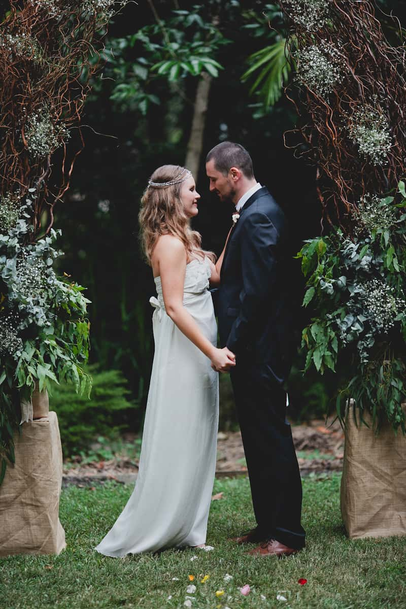 Renew your vows with Hinterland celebrant Kari - for poignant ceremonies, and commitments