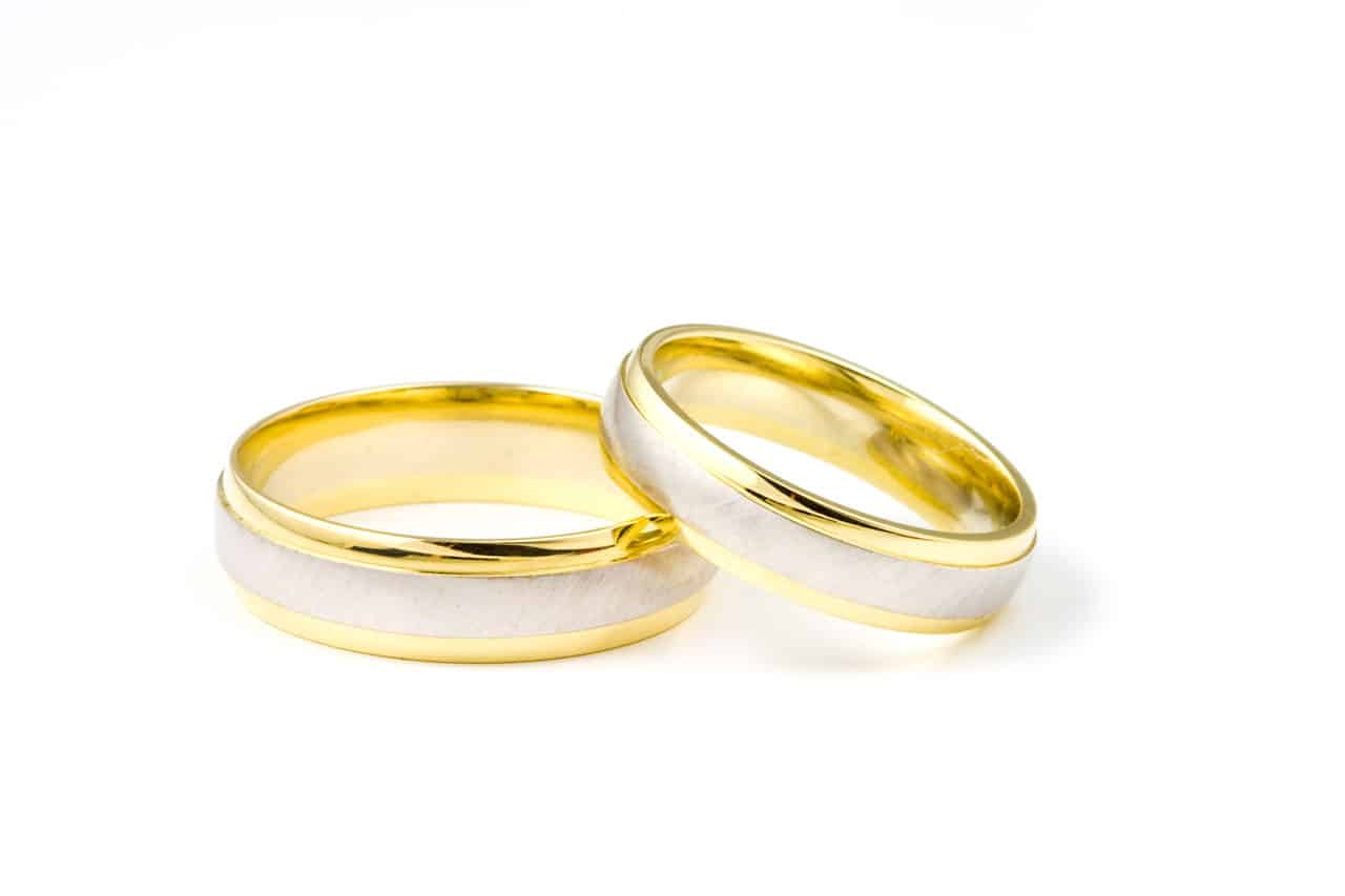 your wedding ring and what to say Kari Celebrant Maleny
